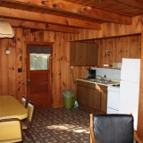 cabin9_kitchenlg